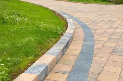 Castlestone-Curragh-blend-paving-and-Curragh-blend-kerbs-scaled-1.jpg