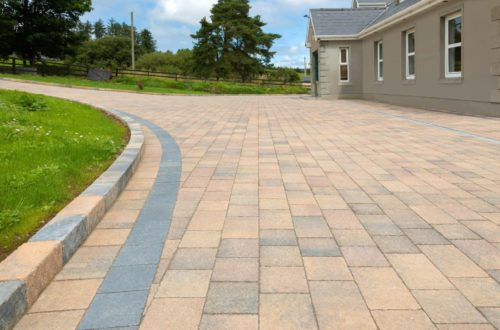 Castlestone-Curragh-blend-paving-and-Curragh-blend-kerbs2-scaled-1.jpg