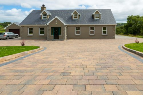 Castlestone-Curragh-blend-paving-and-Curragh-blend-kerbs3-scaled-1.jpg
